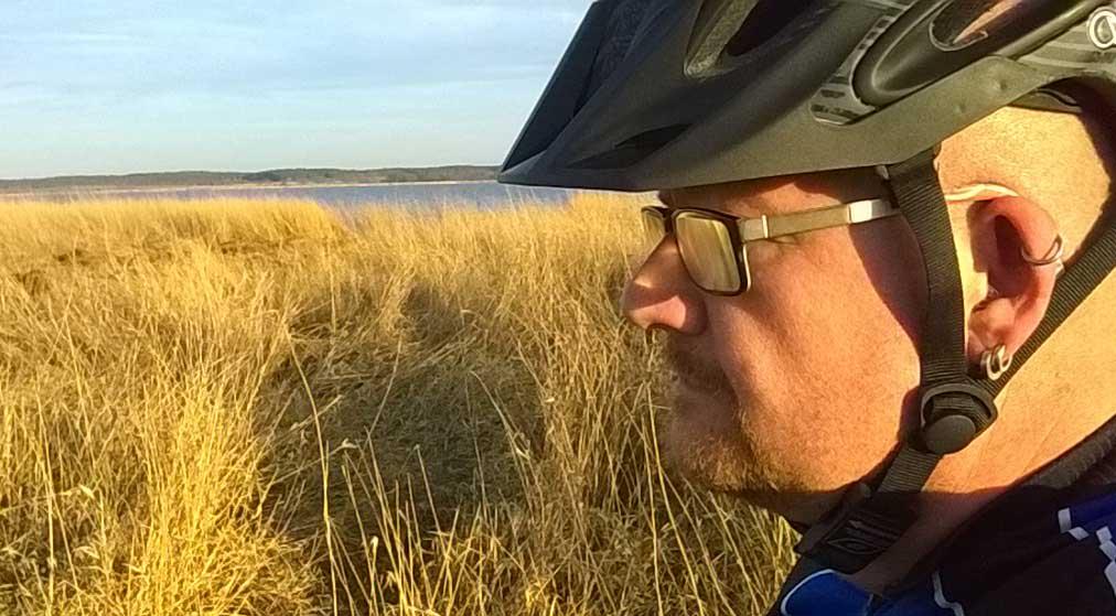 Immer mit Helm auf dem Fahrrad – O'Neal Orbiter Fidlock