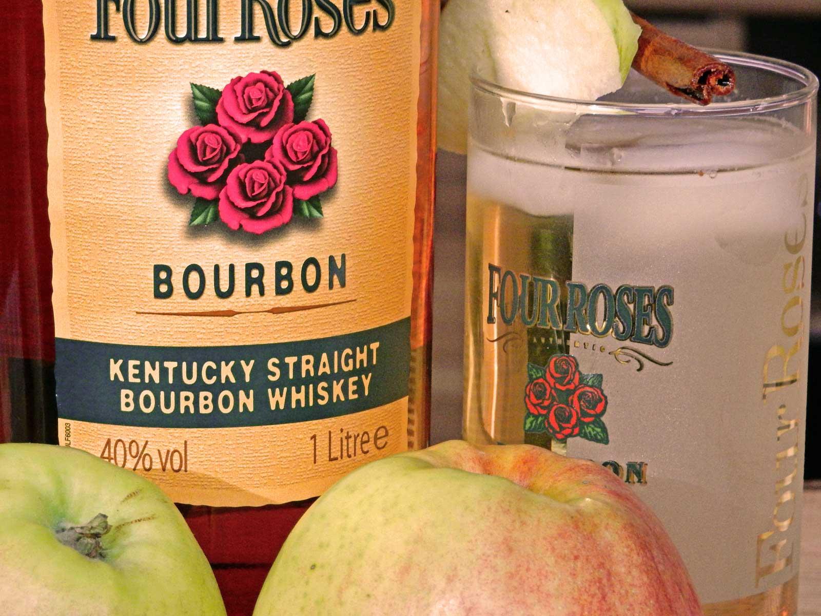 four roses yellow label kentucky straight bourbon whiskey
