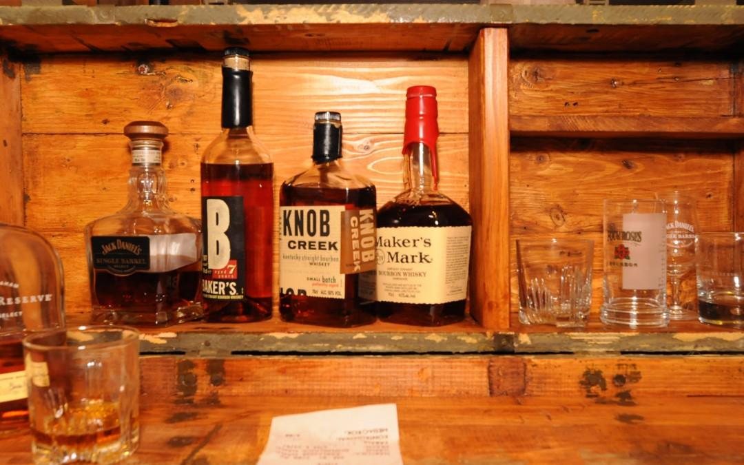 Die Whiskeykiste – Whiskey stilvoll aufbewahren